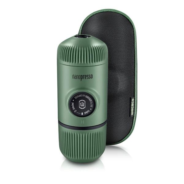 Wacaco Nanopresso tragbare Espressomaschine mit Schutzhülle - moss green